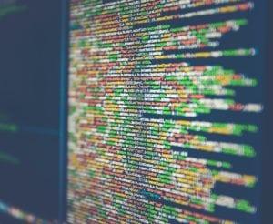 Huidige conversational interfaces bestaan uit beperkte KI en opereren op basis van algoritmes